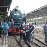 「バンコク/レア体験」年に4回しか運行しない幻の蒸気機関車に乗りタイ人ローカルツアーに参加